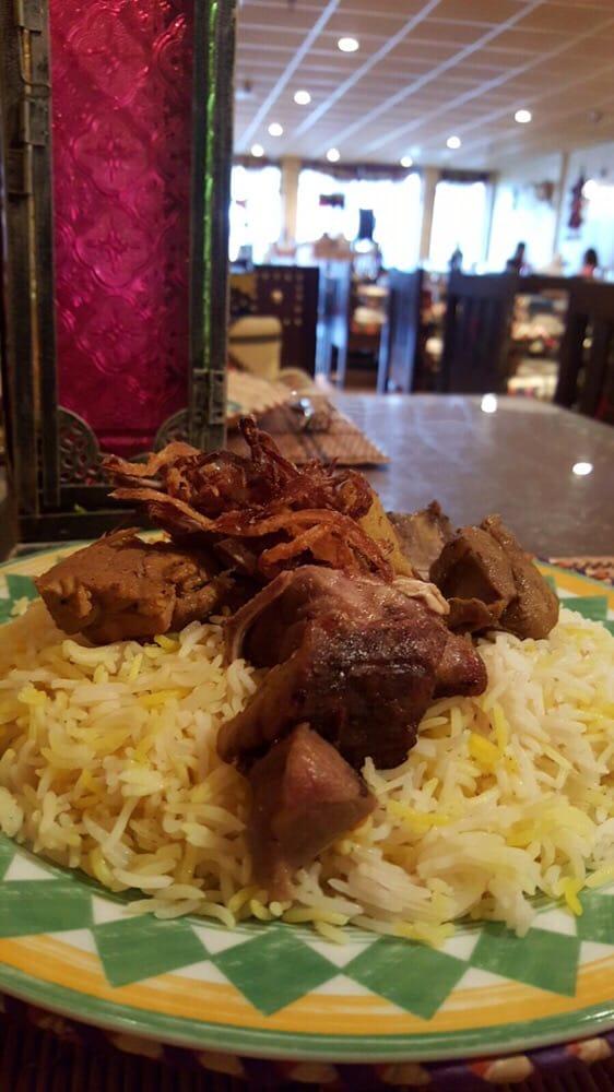 Aldeerah Saudi Restaurant: 262 Cedar Ln SE, Vienna, VA