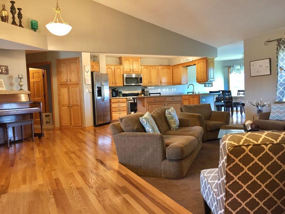 Selah Cleaning: Hartford, WI