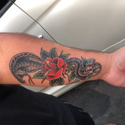 Tiger Rose Tattoo 32 Photos 79 Reviews Tattoo 590 Dolliver
