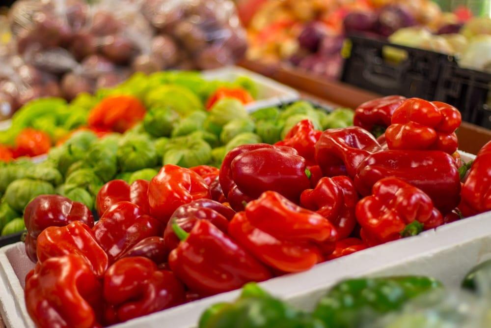 Joes Farm Fresh Produce Market: 3780 Tampa Rd, Oldsmar, FL