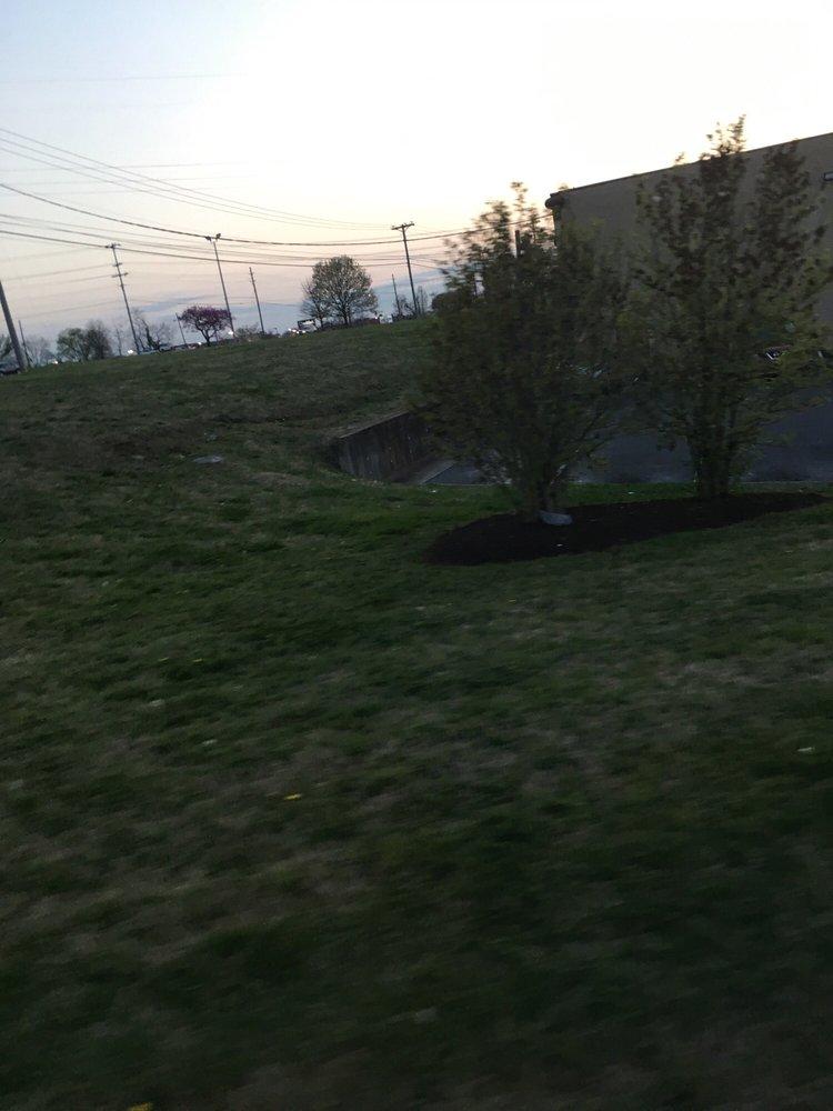 Marshalls: 490 N Thompson Ln, Murfreesboro, TN