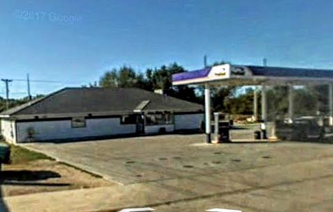 Don's Motor Mart: 401 W Main St, Lake Mills, IA
