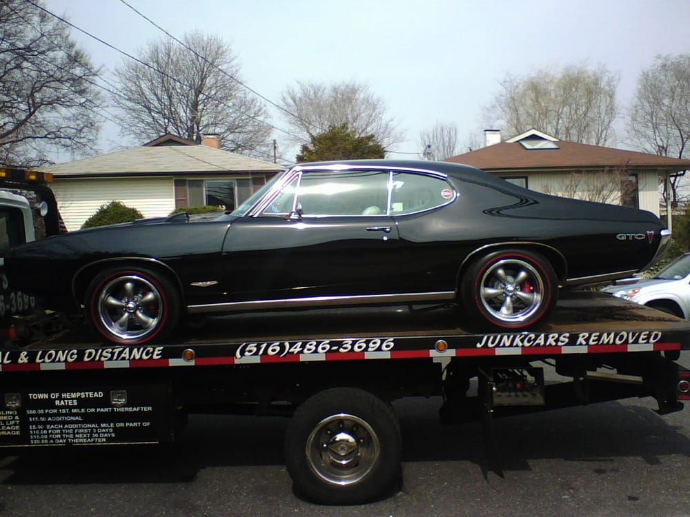 Danny's Towing Service: 713-A Brooklyn Ave, Baldwin, NY