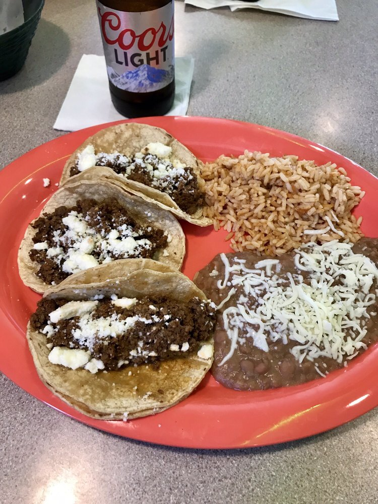 Omega Mexican Grille: 7 Cavalry Dr, Wenona, IL