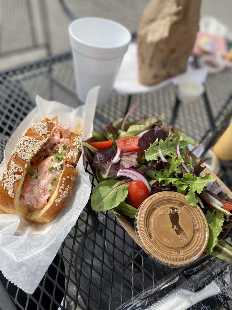 The Dutchess Biercafe: 1097 Main St, Fishkill, NY