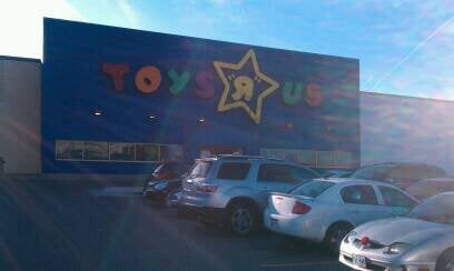 Toys R Us: 3039 Howard Ave, Windsor, ON