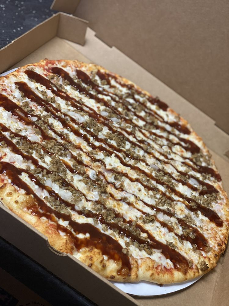 Colfax Pizza King: 101 N Oakland St, Colfax, IN