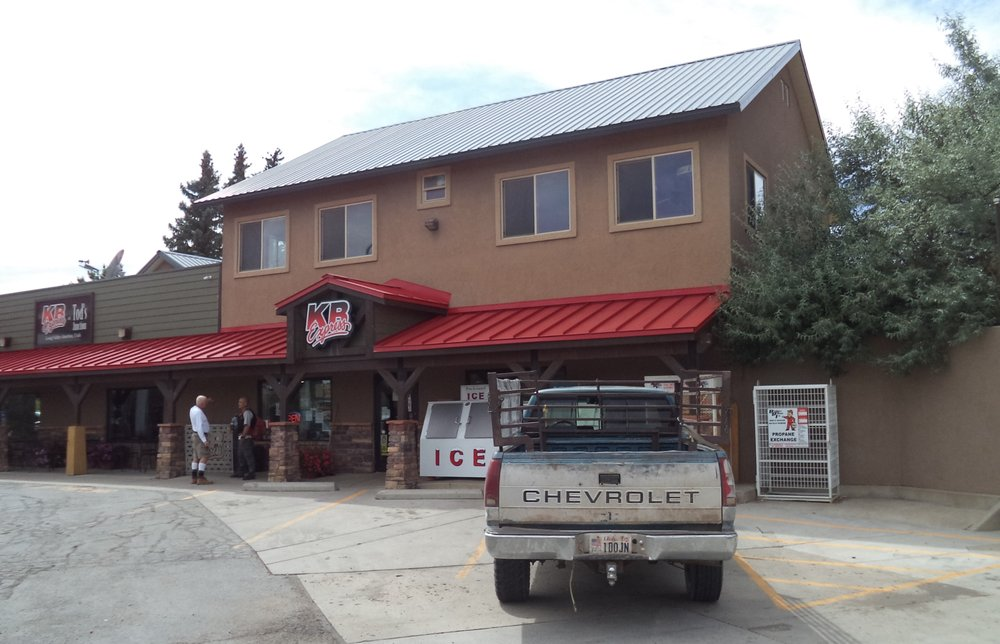 Tod's Country Store: US-89, Alton, UT