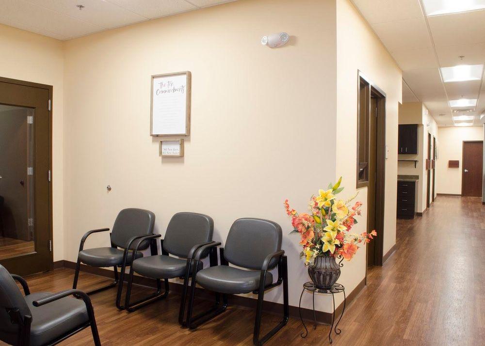 Simpson Clinic: 280 Frank B Smith Dr, Weber City, VA
