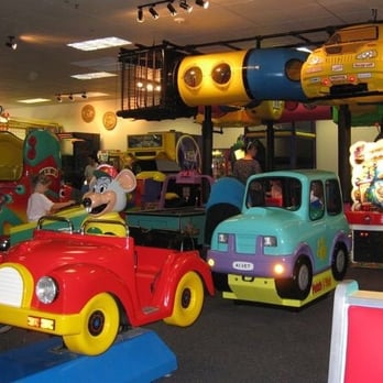 chuck e cheese denver
