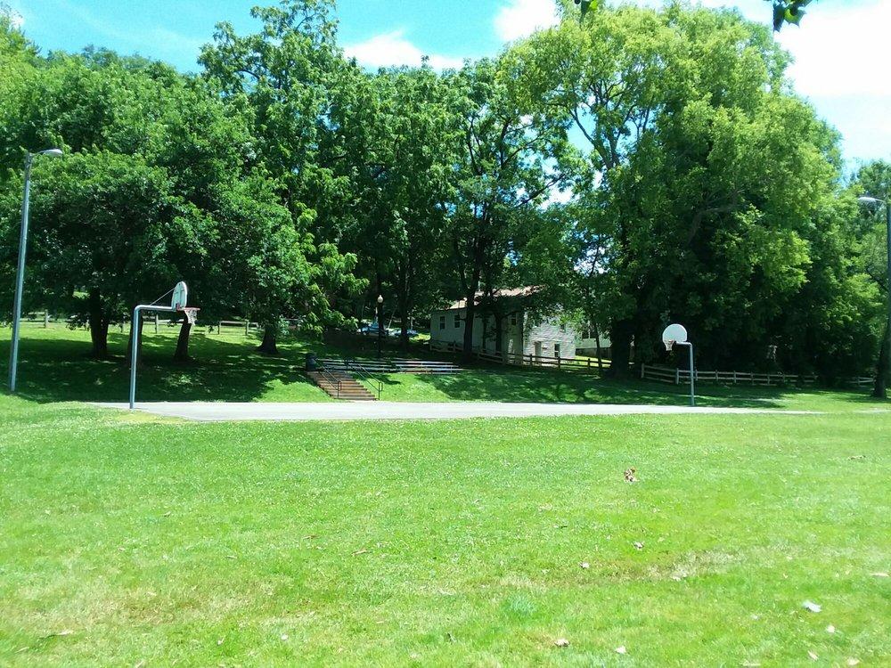 Eva Walker Memorial Park: North St & Alexandria Pike, Warrenton, VA
