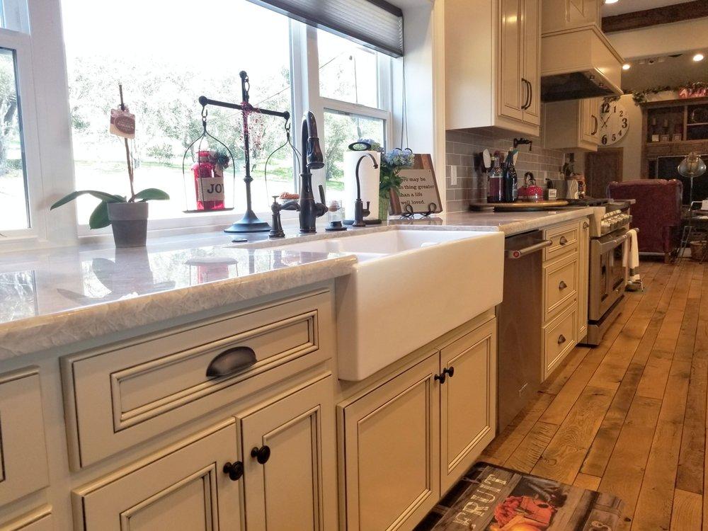 Morro Bay Cabinets