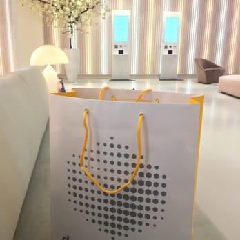 paper bag bijenkorf