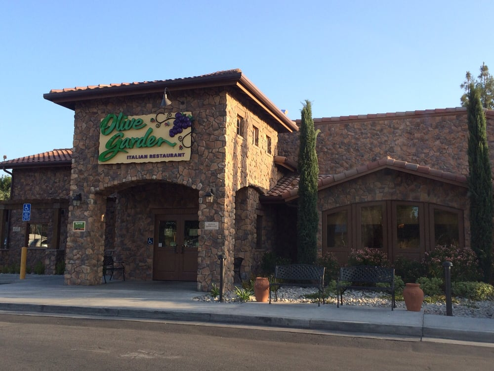 Front of the building yelp Olive garden italian restaurant dallas tx