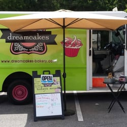 Dreamcakes cupcake truck food trucks 3160 cahaba for Food bar in cahaba heights