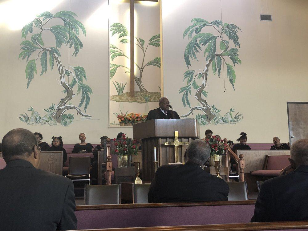 Mt Calvary Church: 4805 N Saginaw St, Flint, MI
