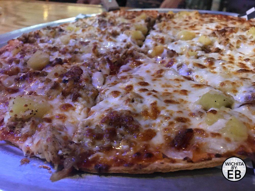 Magoos Bar & Grill: 2304 S Oliver St, Wichita, KS