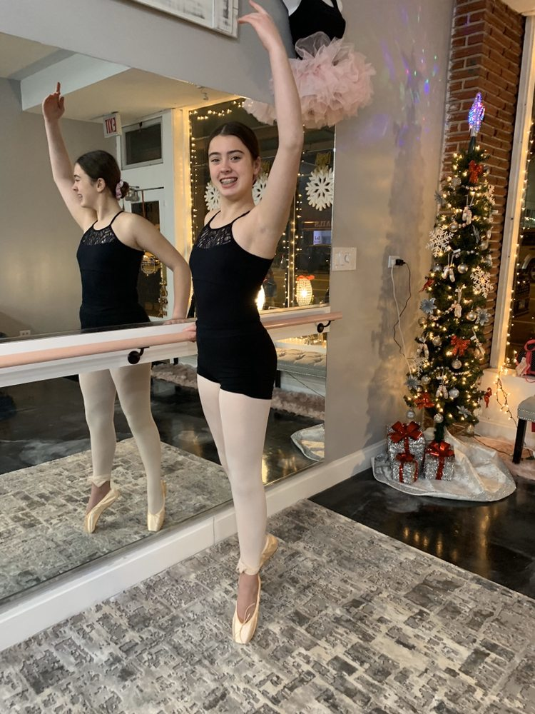 Plié Dancewear