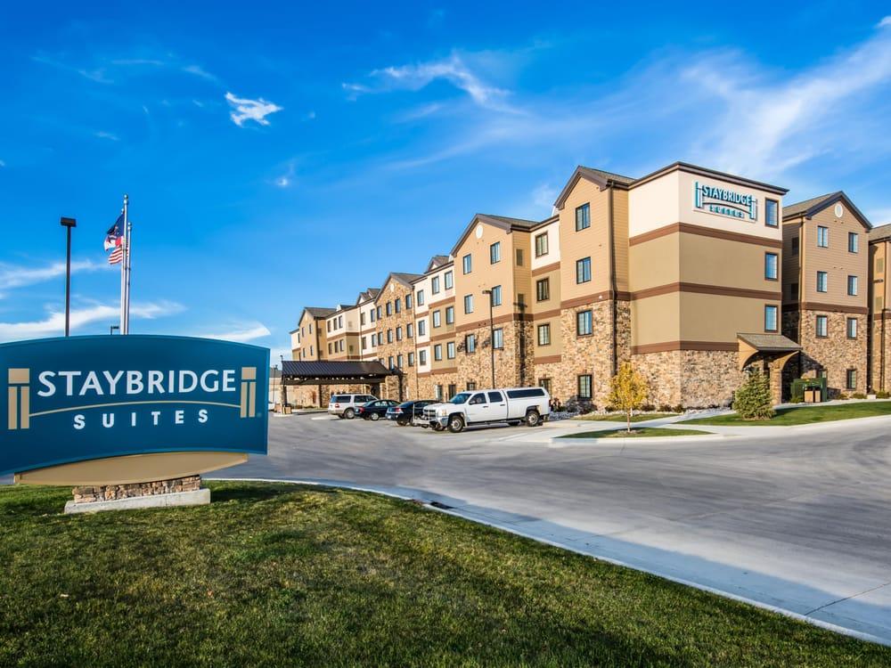 Staybridge Suites Grand Forks: 1175 42nd St S, Grand Forks, ND