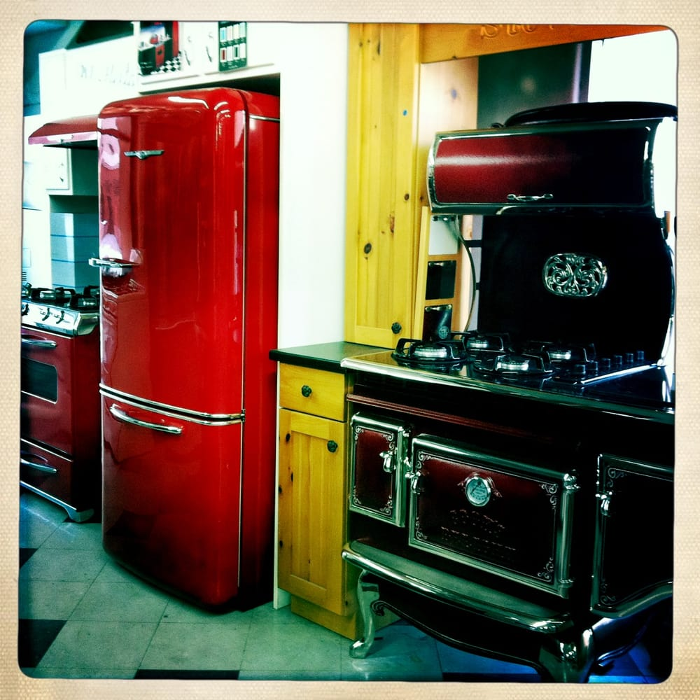 Vintage Kitchen Yelp: Vintage-Style Appliances