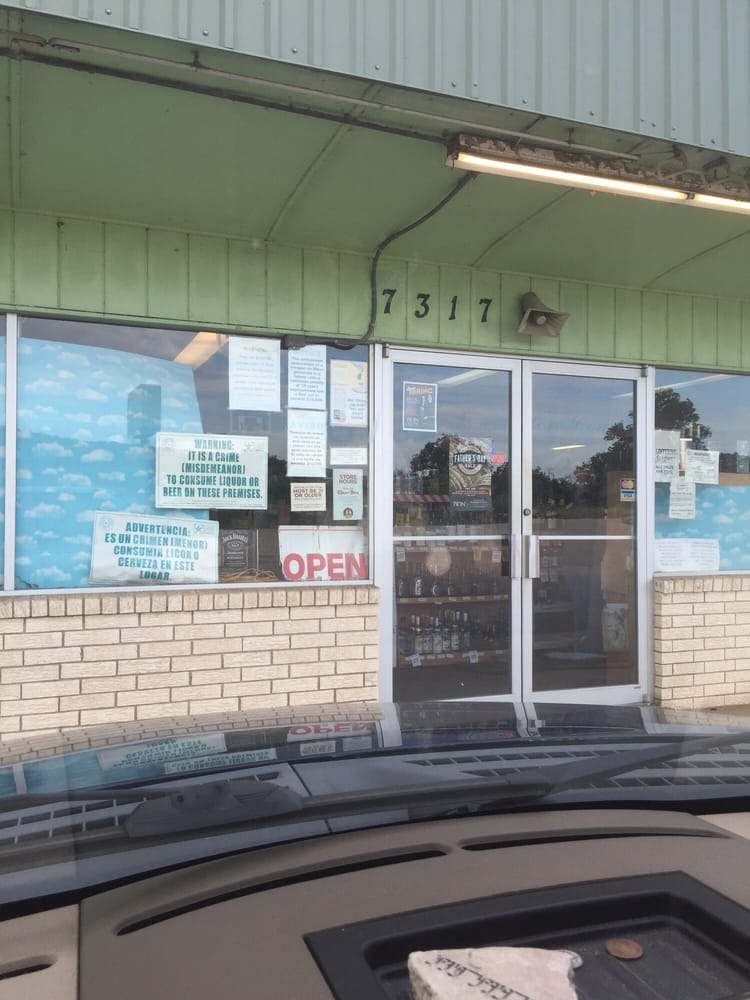Twin Liquors: 7317 Highway 1431 W, Kingsland, TX
