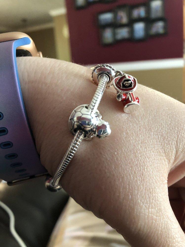 Ketterman's Jewelers: 212 Catoctin Cir SE, Leesburg, VA
