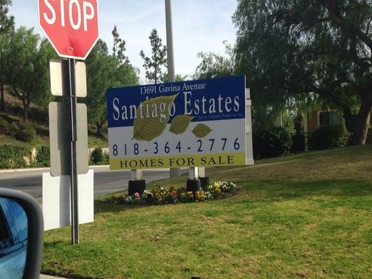 Santiago Estates Ejendomsservice 13691 Gavina Ave Sylmar Sylmar Ca Usa Telefonnummer
