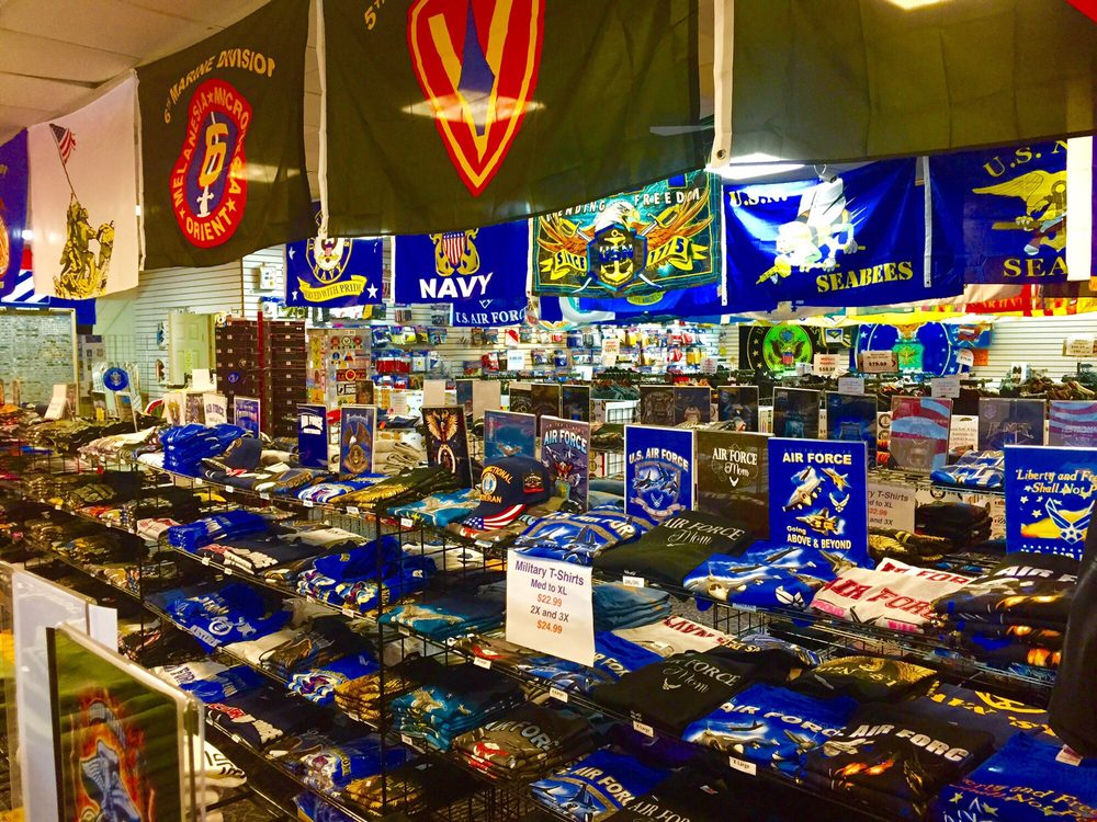 The Veterans Store: 2850 Pkwy, Pigeon Forge, TN