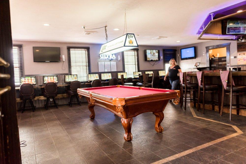Marshall's Tavern Corsicana: 514 South 7th St, Corsicana, TX