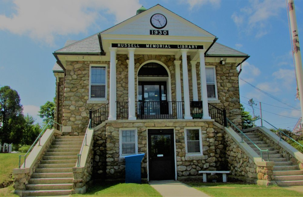 Acushnet Public Library: 232 Middle Rd, Acushnet, MA