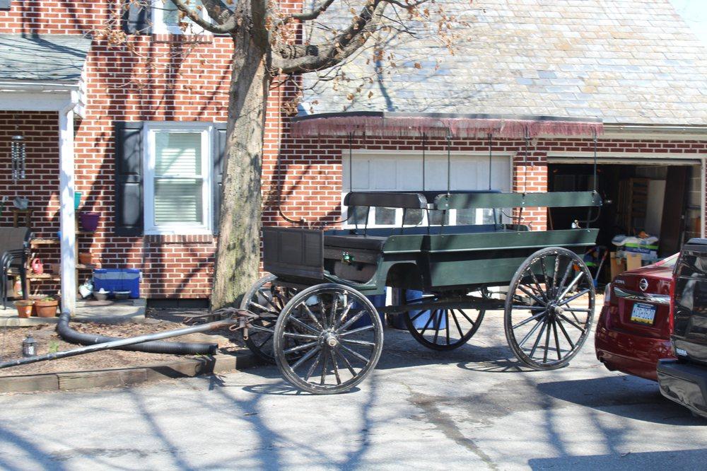 Abe's Buggy Rides: 2596 Old Philadelphia Pke, Bird In Hand, PA
