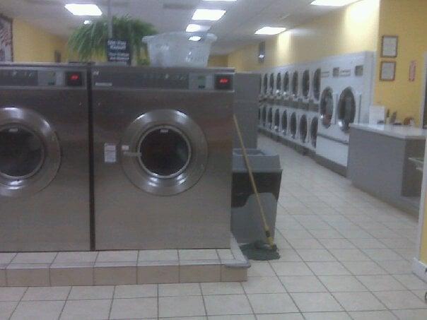 Crescent Laundromat 38 Reviews Laundromat 73