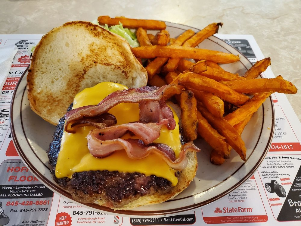 Miss Monticello Diner: 405 Broadway, Monticello, NY