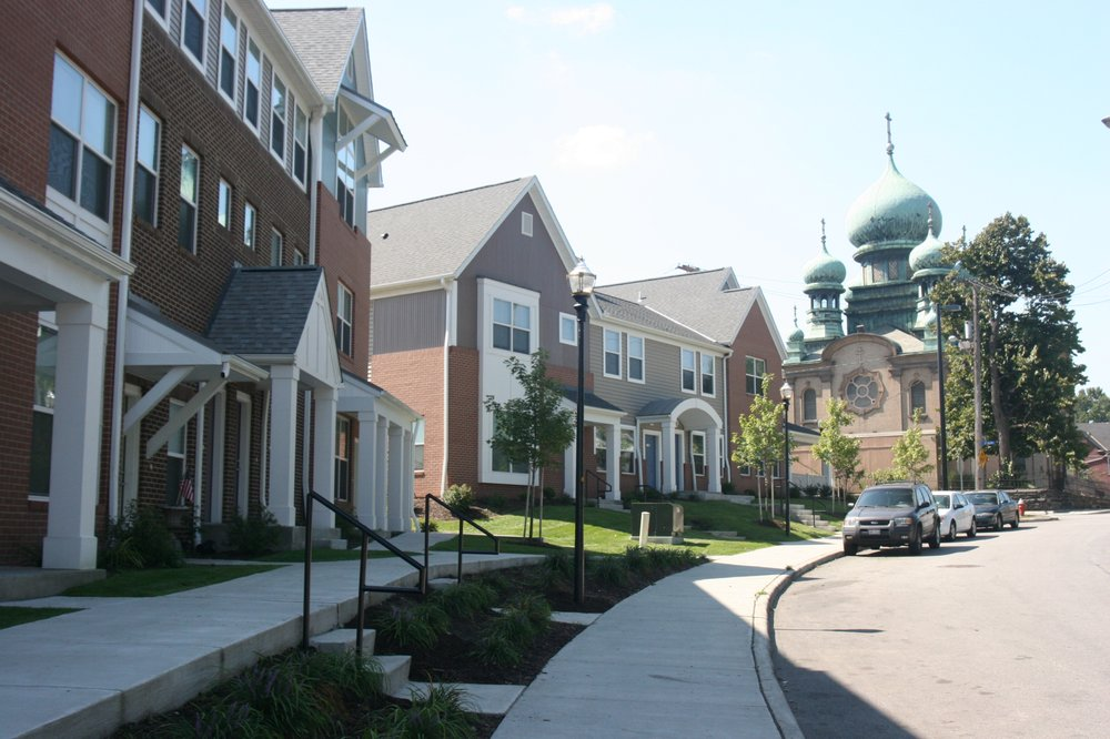 Tremont Pointe Apartments