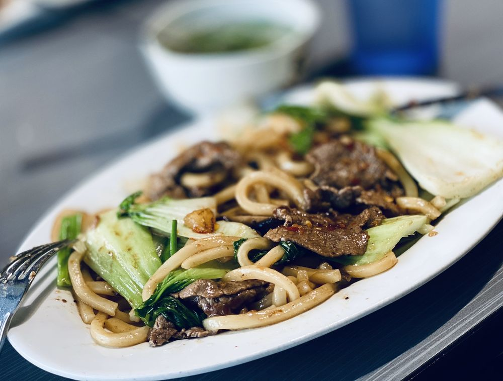 Noodles & Pho: 5450 Hwy 153, Chattanooga, TN