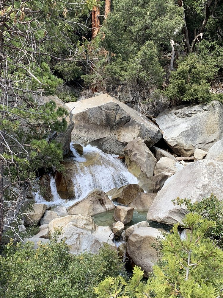 Mist Falls Trail: Badger, CA