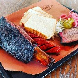 Lewis Barbecue 764 Photos 566 Reviews Barbeque 464 N Nau St Charleston Sc Restaurant Phone Number Menu Last Updated December 30