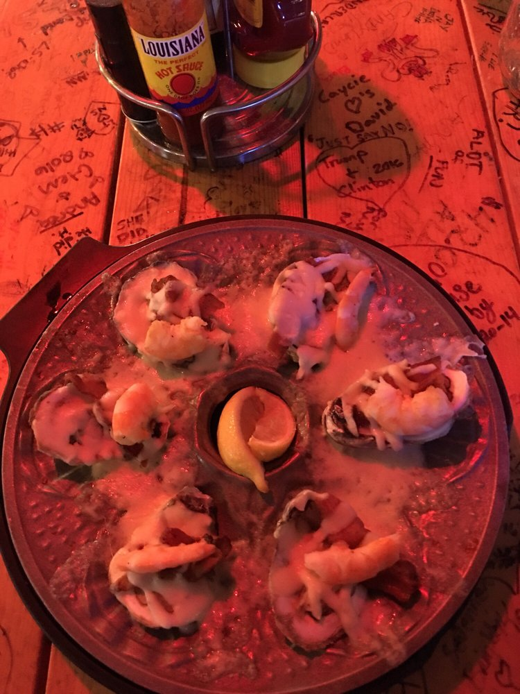 Fat Jack's Oyster Sports Bar & Grill: 101 Central Ave, Hot Springs, AR