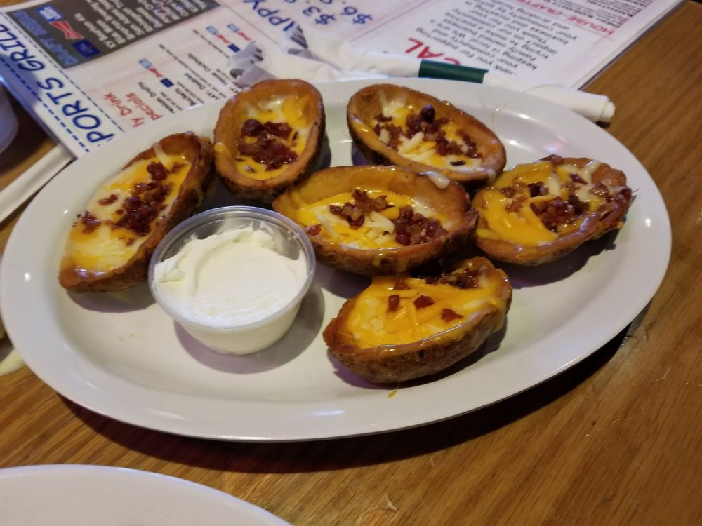 Newport Sports Grill: 1723 Monmouth St, Newport, KY