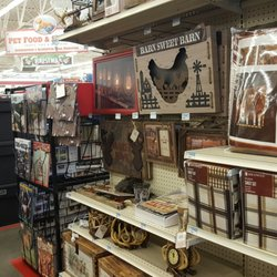 Tractor Supply Co - 22 Photos & 28 Reviews - Hardware Stores
