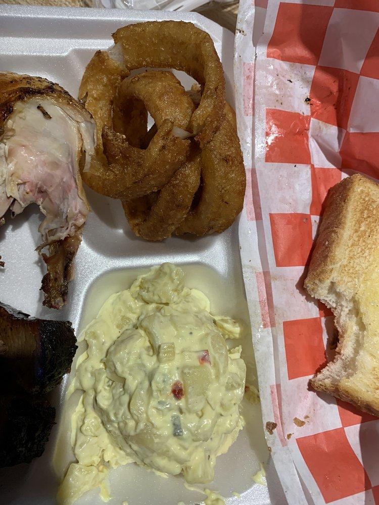 Culley's BBQ: 3046 Indiana Ave, Vicksburg, MS