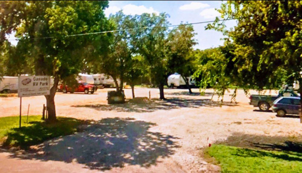 Ganado RV Park: 609 N 3rd St, Ganado, TX