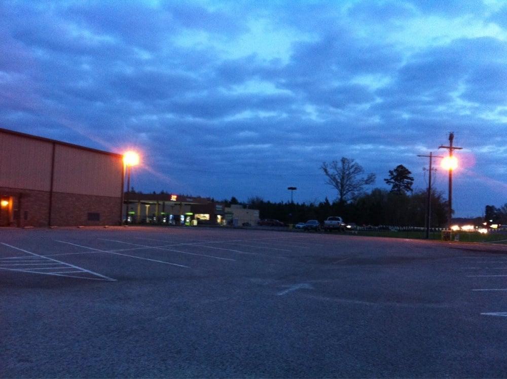 Walmart Neighborhood Market Diana: 1787 US Hwy 259 S, Diana, TX