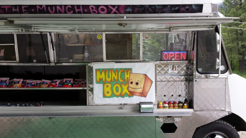 The Munch Box: 2515 State Hwy 36, Bridgeville, CA