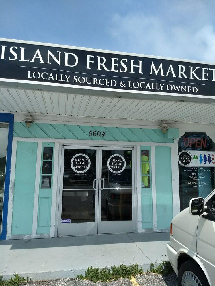 Island Fresh Market Ami: 5604 Marina Dr, Holmes Beach, FL
