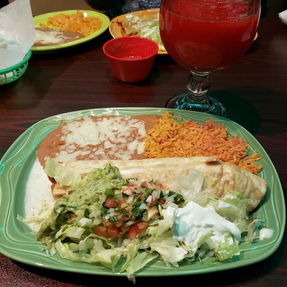 Food from Mi Degollado 2