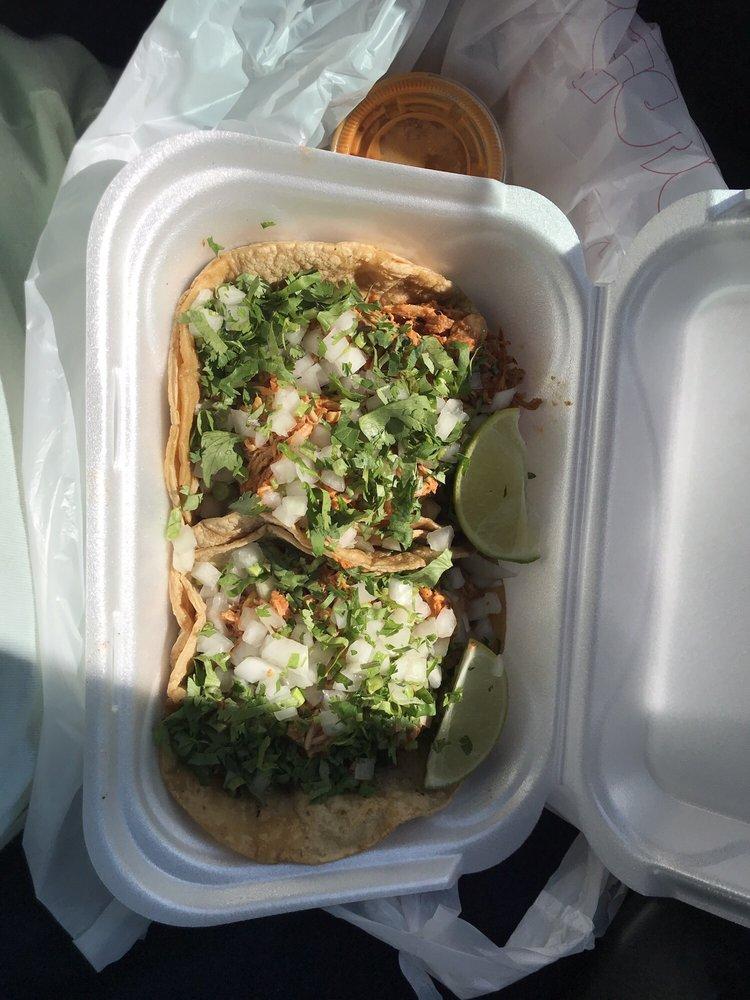 Taqueria El Rincon: 6550 Cahill Ave S, Inver Grove Heights, MN