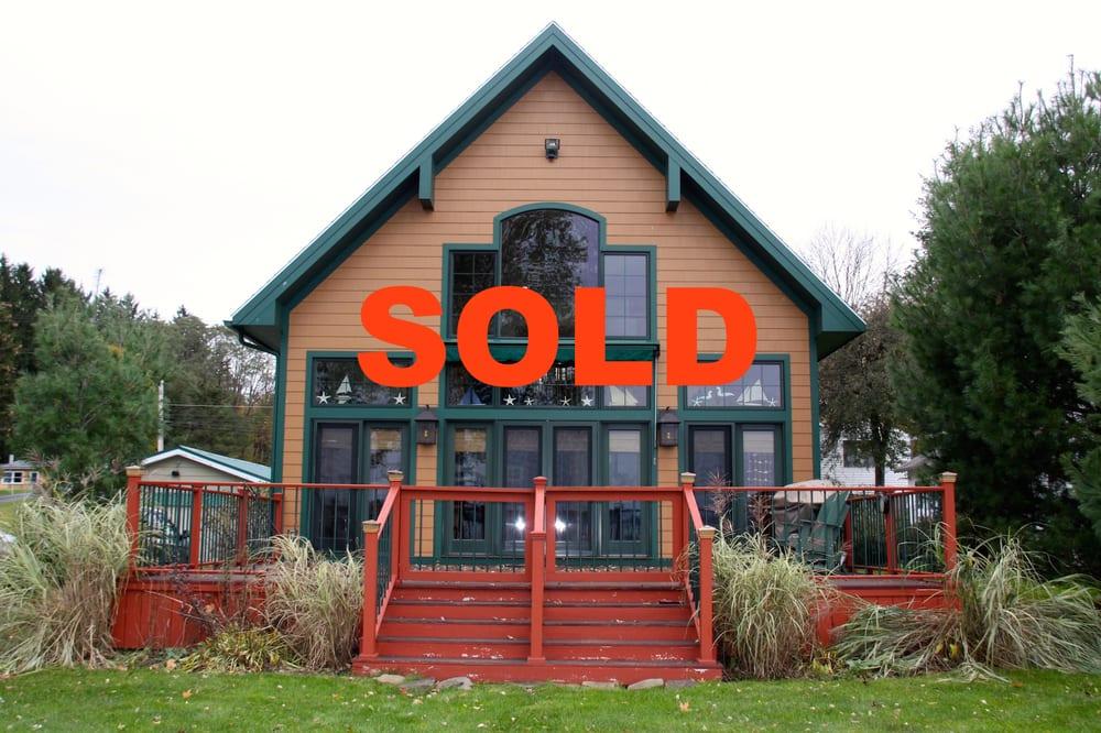 Craig & Nancy Gleason Real Estate Advantage: 16 Main St, Bemus Point, NY