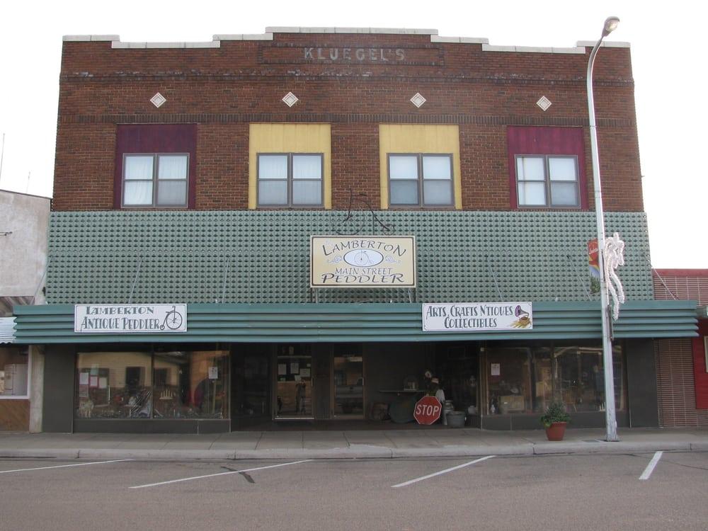 The Lamberton Main Street Peddler: 217 S Main St, Lamberton, MN