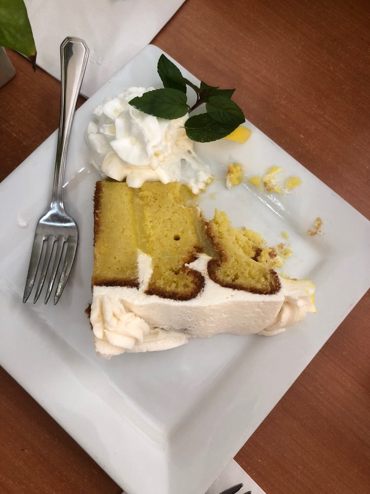 Nibbles Eatery: 79 Spring St, Eureka Springs, AR